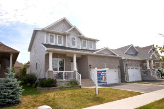 1157 Crossfield Ave, Kingston Ontario, Canada