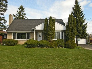 11 ELIZABETH AVE, Kingston Ontario, Canada