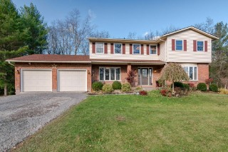 1081 Knight`s Lane, South Frontenac Ontario, Canada