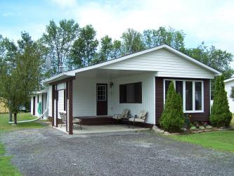 4333 King St, South Frontenac Ontario, Canada